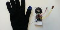 thumb-GloveGun